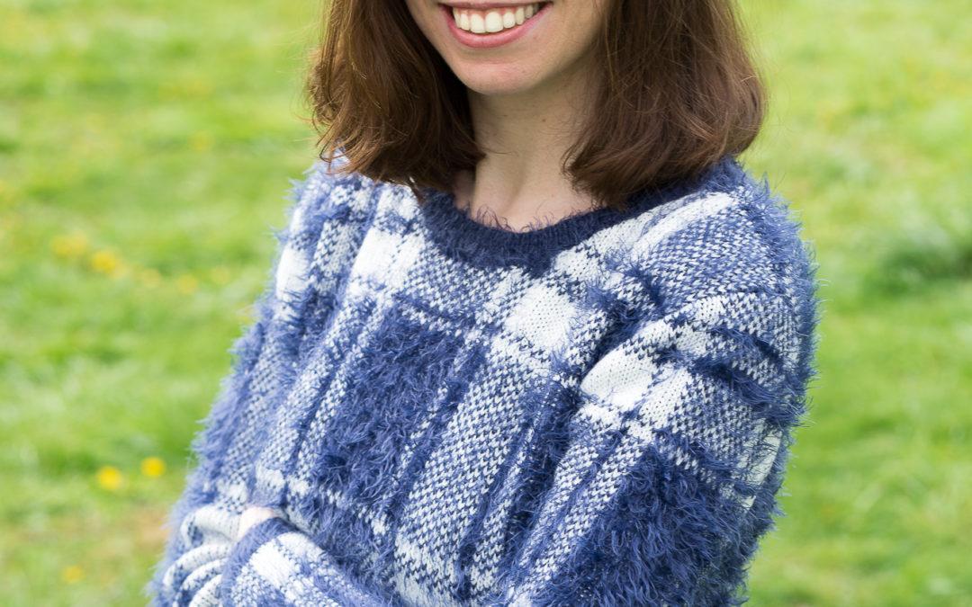 Portrait de Sophie, gestionnaire de la boutique en ligne